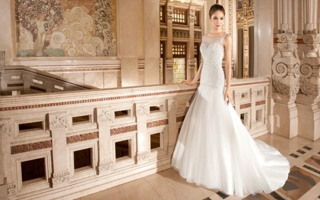 Demetrios Wedding Gowns: Timeless Wedding Gowns By Demetrios