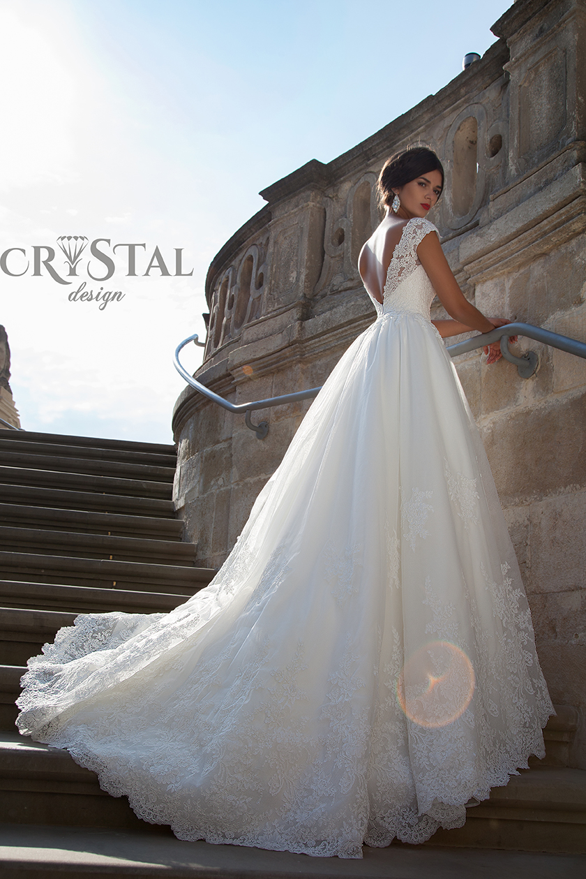 EXCLUSIVE WEDDING DRESSES BY CRYSTAL DESIGN FOR 2015