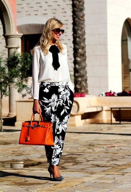 zara-floral-hermes-dark-gray~look-main-single