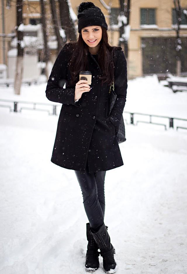 chic-black~look-main-single