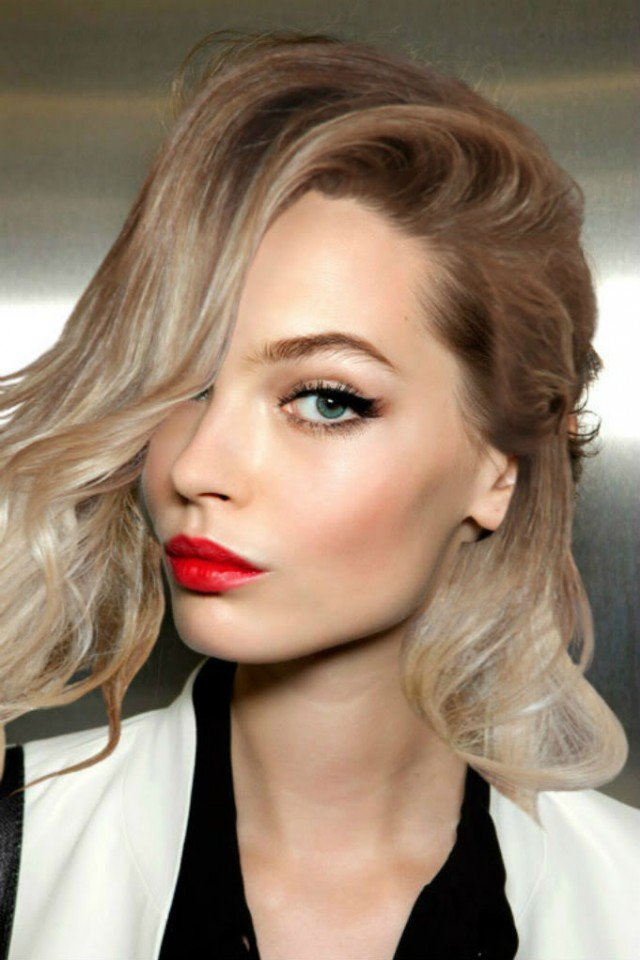 cute-makeup-idea-with-red-lips