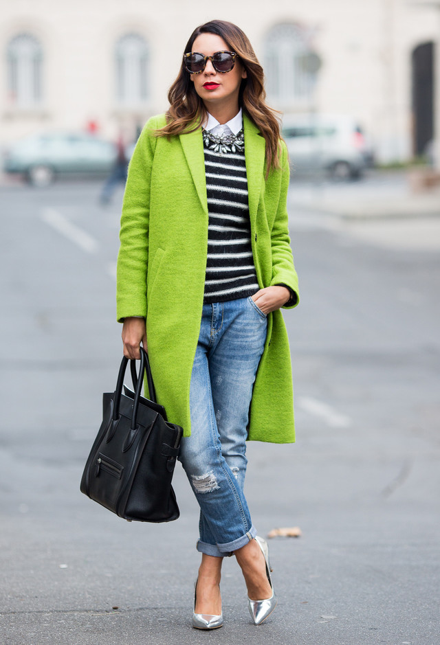 16 Colored Coats For A Cheerful Winter