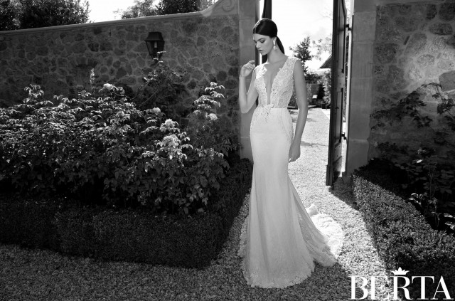 outstanding wedding dresses SS 2015 (17)