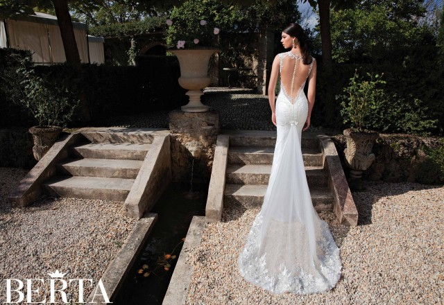 outstanding wedding dresses SS 2015 (19)