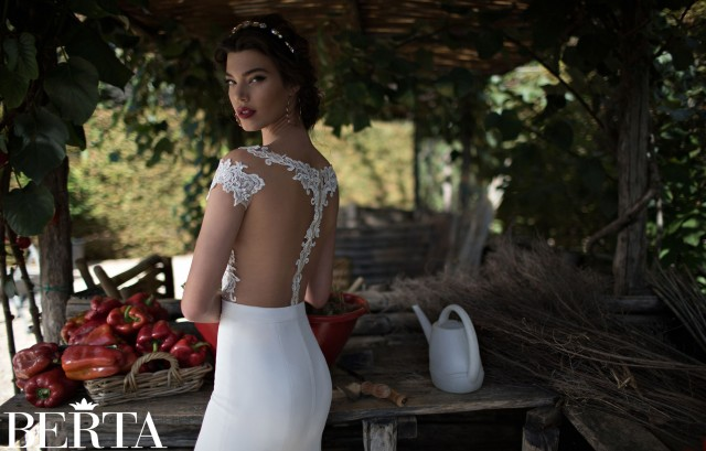 outstanding wedding dresses SS 2015 (4)