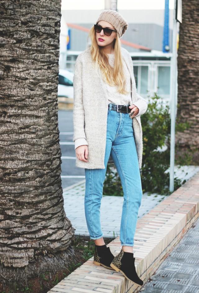 romwe-coats-neon-boots-jeans