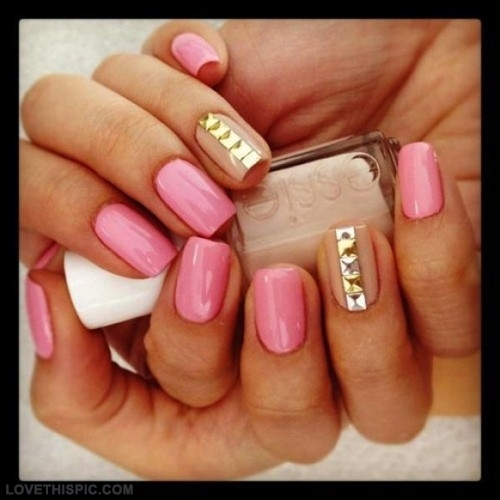 22739-Pink-Gold-Tan-Nails