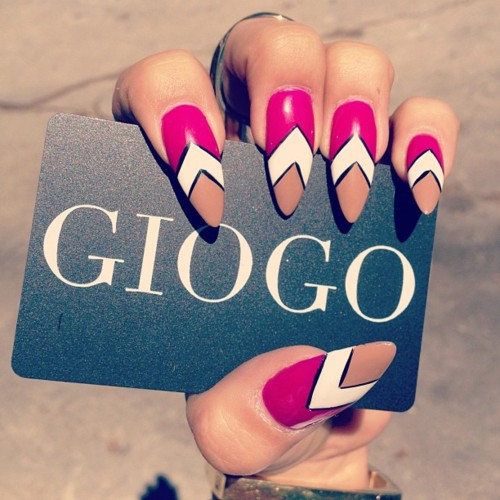 5690-spring-nails-for-the-giogo-girls