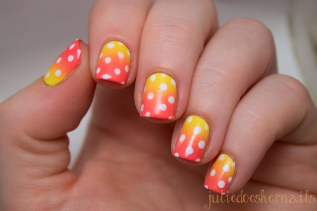 Dotted-Sunset-Gradient-Nails-06
