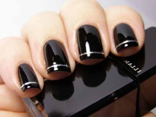 Easy-Dark-Black-Nails-Art-for-Women