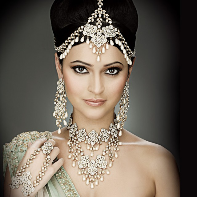 Indian-Bridal-Jewellery-Sets-2