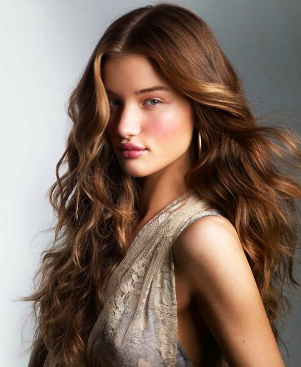 16 Wavy Hairstyles For Everyday