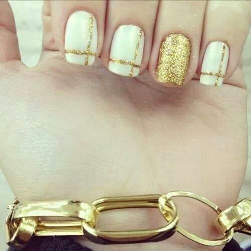 White-and-gold-wedding-nails