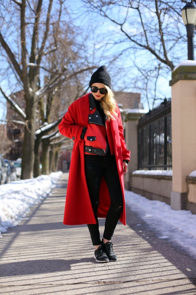 15 Outfit Ideas With Chic Red Coats