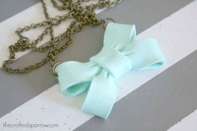 big-bow-necklace-4