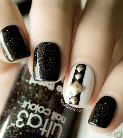 black-and-white-nails-with-studs