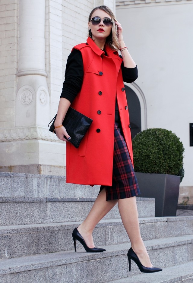 17 Stylish Outfits to Update Your Office Attire
