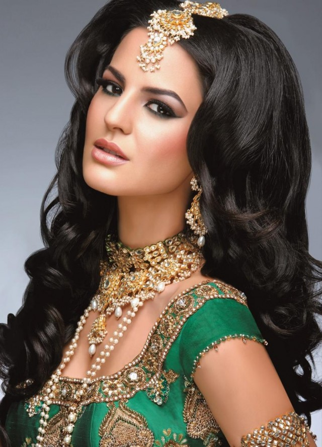 gorgeous-indian-bridal-hairstyles