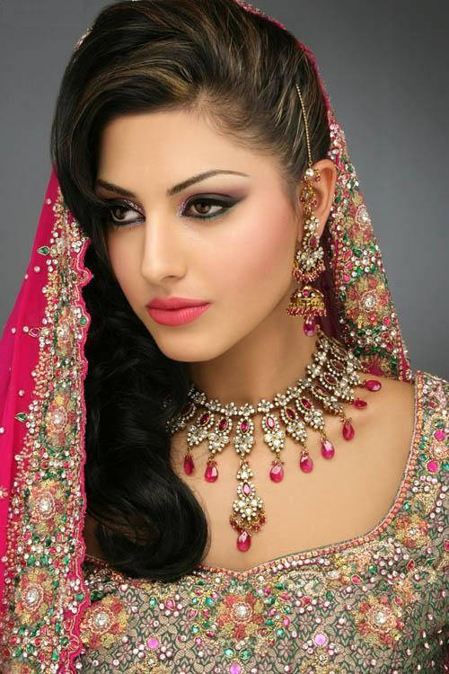 Indian Inspired Hairstyles and Makeup