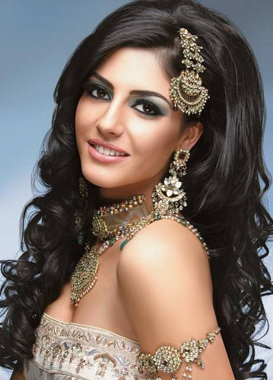 indian-wedding-long-hairstyles-2014