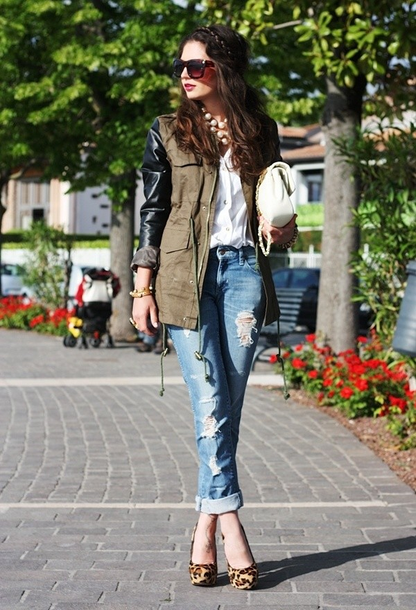 18 Ways To Wear Khaki This Spring