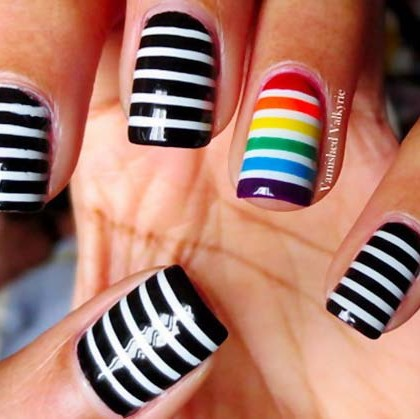 rainbow-accent-black-white-striped-nails