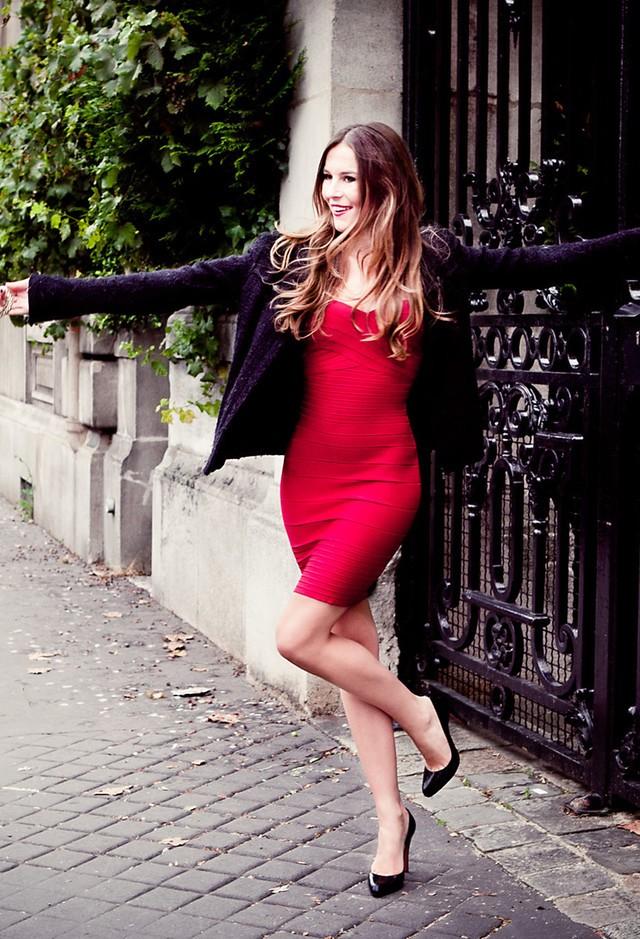 red-dresses-black-cardigans~look-main-single