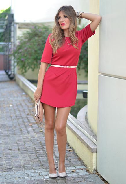 the-desire-shop-red-stradivarius-dresses~look-main-single