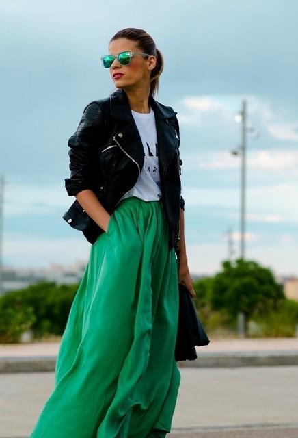 20-stylish-ways-to-wear-maxi-skirt-top-fashion-corner-2~look-main-single