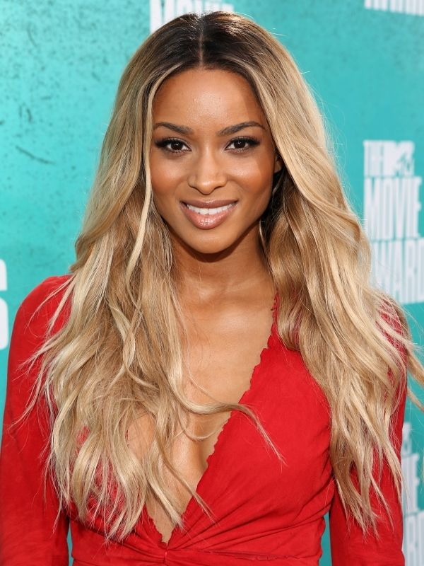 2013-ciara-singer-makeup-hairstyle-red-dress