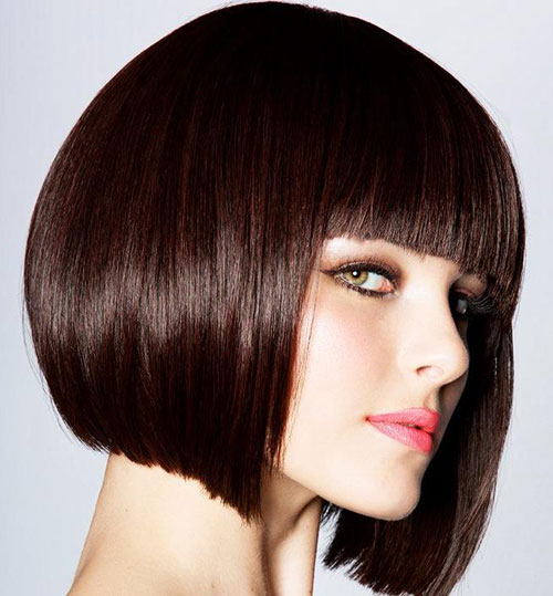 Short-straight-hairstyles-with-bangs