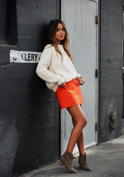 16 Ways To Wear Your White Jumper