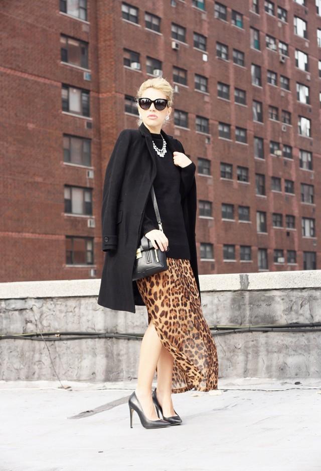 dee-elle-clothing-nero-----phillip-lim-marrone-scuro~look-main-single