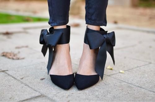 elegant-diy-bow-heels-2-500x331