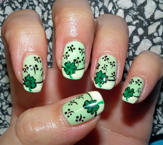 16 St.Patrick's Day Nail Art Designs