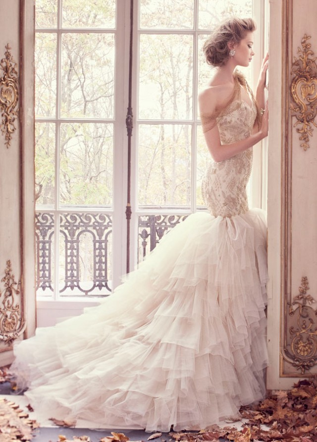 lazaro-bridal-tulle-fit-flare-gold-floral-beaded-embroidered-strapless-sweetheart-sparkle-organza-sweep-3509_zm