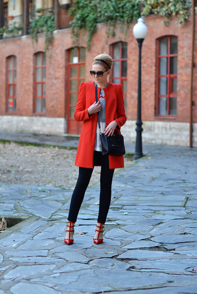 red-coat-with-skinnies~look-main-single