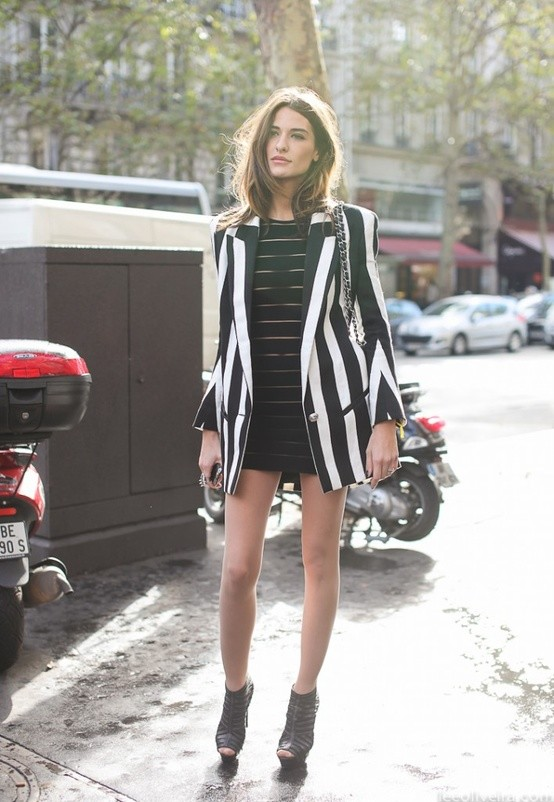 street-style-black-and-white-enjoyment-fashion-diva-design~look-main-single