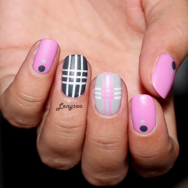 tape-manicure_look_ca286d3448ce9929dedc4a93cc6277f8_look