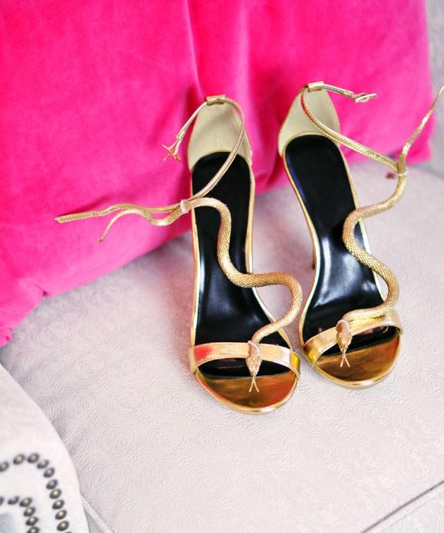 DIY-gold-snake-sandals