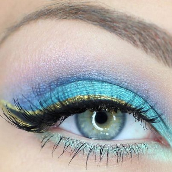 New-Year's-Trends-For-2013-Black-Water-Snake-Eye-Makeup-Style_31
