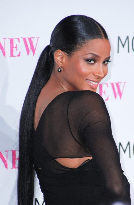 ciara_long_ponytail_hairstyle_nov_09_670x1024