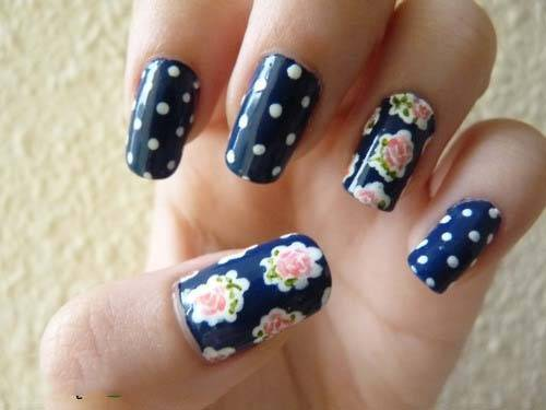17 Marvelous Floral Nail Designs For Short Nails