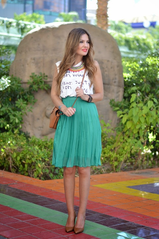green_pleated_skirt_18