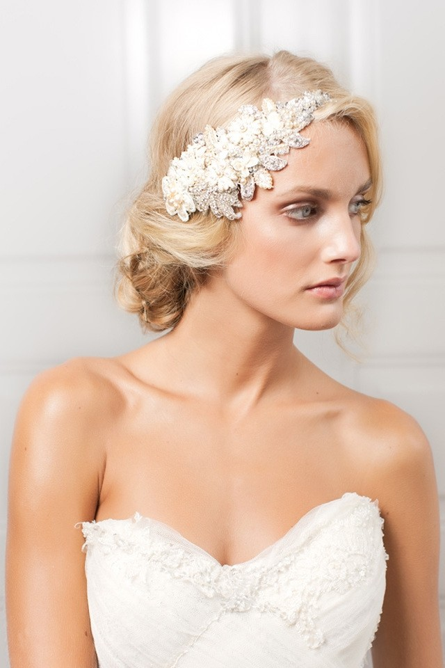 large_Fustany-Weddings-Bridal_Headpieces-2013-Accessory_Avenue-Marlene