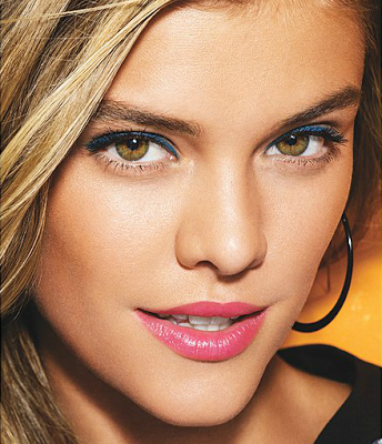 nina-agdal-avon-spring-summer-2014-make-up-looks-3
