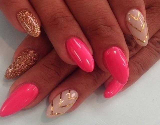 pink-and-gold-nails-art
