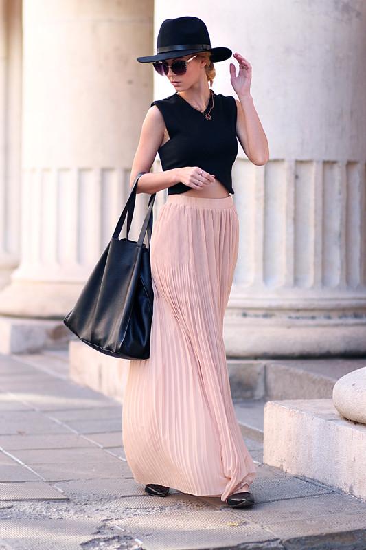 sirma-markova-blush-hue~look-main-single
