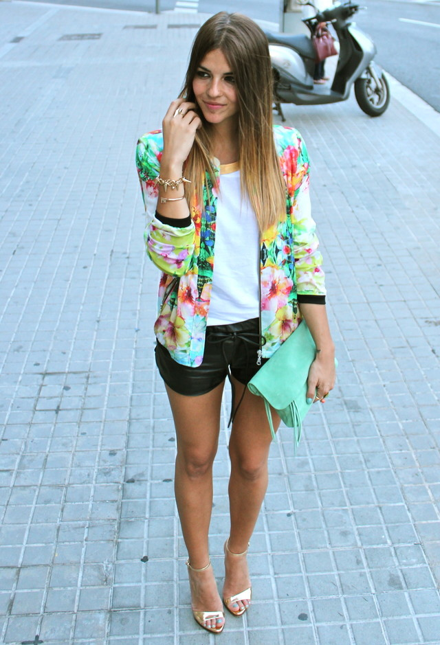 22 Ways To Wear Your Floral Blazer This Spring