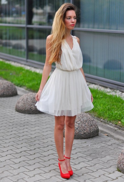 White Dress Heels - Qu Heel